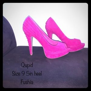 Qupid fabric heels